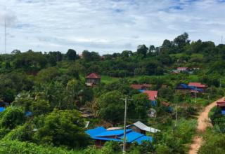بانلونغ كمبوديا Banlung